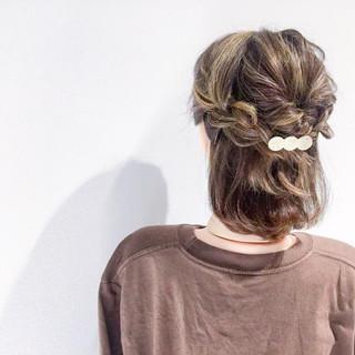 ヘアアレンジ アウトドア デート 簡単ヘアアレンジ ヘアスタイルや髪型の写真・画像