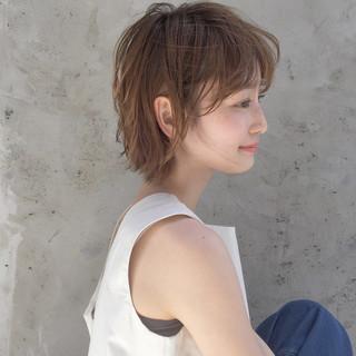 リラックス ウェーブ ナチュラル 束感 ヘアスタイルや髪型の写真・画像 ヘアスタイルや髪型の写真・画像