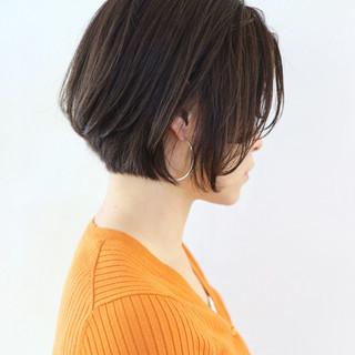 ハンサムショート フェミニン パーマ アンニュイほつれヘア ヘアスタイルや髪型の写真・画像 ヘアスタイルや髪型の写真・画像