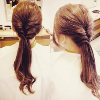 ショート 簡単ヘアアレンジ くるりんぱ セルフヘアアレンジ ヘアスタイルや髪型の写真・画像 ヘアスタイルや髪型の写真・画像