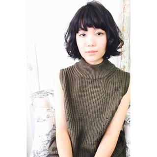 パーマ ボブ 大人女子 黒髪 ヘアスタイルや髪型の写真・画像