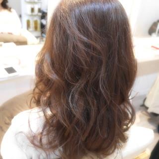 抜け感 上品 フェミニン かわいい ヘアスタイルや髪型の写真・画像 ヘアスタイルや髪型の写真・画像