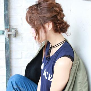 簡単ヘアアレンジ 編み込み ヘアアレンジ セミロング ヘアスタイルや髪型の写真・画像