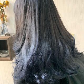外国人風 ミディアム インナーカラー アンニュイほつれヘア ヘアスタイルや髪型の写真・画像