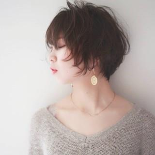 ハンサムショート あざと毛 透明感カラー ナチュラル ヘアスタイルや髪型の写真・画像