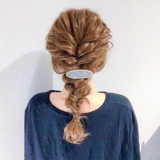 簡単ヘアアレンジ デート セミロング 結婚式 ヘアスタイルや髪型の写真・画像