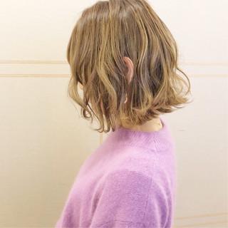簡単ヘアアレンジ フェミニン 切りっぱなし ボブ ヘアスタイルや髪型の写真・画像