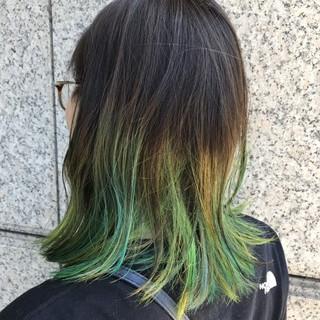 ミディアム ストリート ヘアスタイルや髪型の写真・画像