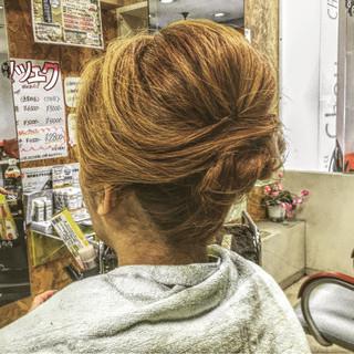 アップスタイル ヘアアレンジ 夜会巻 ロング ヘアスタイルや髪型の写真・画像
