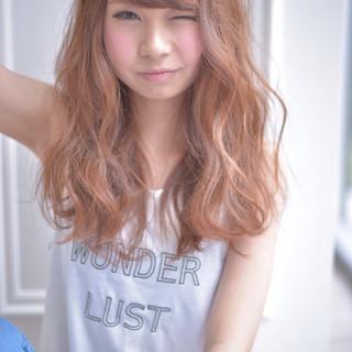 夏 ストリート パーマ ミディアム ヘアスタイルや髪型の写真・画像 ヘアスタイルや髪型の写真・画像
