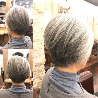 ショート 黒髪 エレガント 上品 ヘアスタイルや髪型の写真・画像