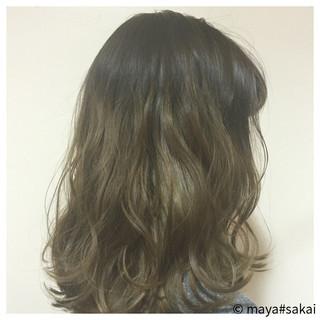 グラデーションカラー グレージュ ブラウンベージュ ミディアム ヘアスタイルや髪型の写真・画像