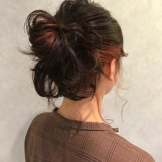 透明感 ストリート レッド ピンク ヘアスタイルや髪型の写真・画像