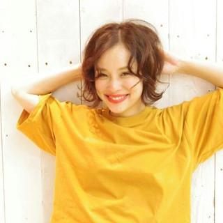 ヘアアレンジ パーマ ふわふわ ストリート ヘアスタイルや髪型の写真・画像