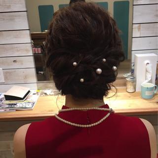 大人かわいい 編み込み ねじり ミディアム ヘアスタイルや髪型の写真・画像