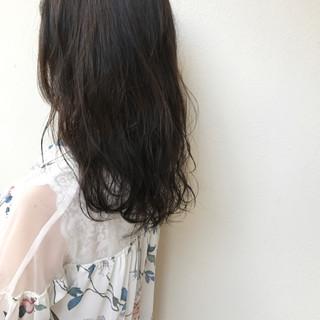 ナチュラル ロング ヘアアレンジ 透明感 ヘアスタイルや髪型の写真・画像 ヘアスタイルや髪型の写真・画像