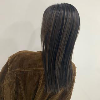 ベージュ N.オイル ロング 3Dハイライト ヘアスタイルや髪型の写真・画像