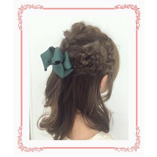 結婚式 フェミニン ミディアム デート ヘアスタイルや髪型の写真・画像 ヘアスタイルや髪型の写真・画像