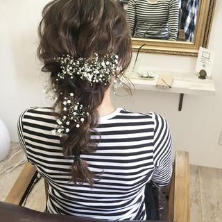 ナチュラル 結婚式 ヘアアレンジ ロング ヘアスタイルや髪型の写真・画像