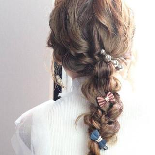 ゆるふわ ナチュラル ロング 編みおろし ヘアスタイルや髪型の写真・画像