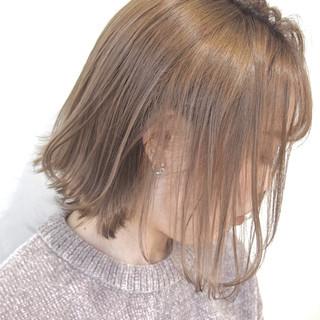 ナチュラル ミルクティーベージュ ブラウンベージュ ボブ ヘアスタイルや髪型の写真・画像