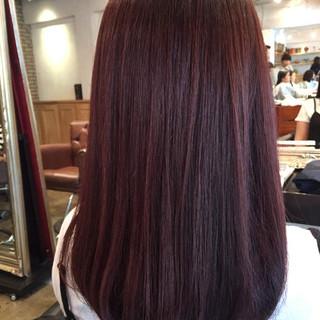 パープル 艶髪 レッド セミロング ヘアスタイルや髪型の写真・画像