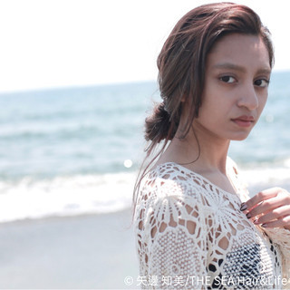 簡単ヘアアレンジ まとめ髪 ラフ 外国人風 ヘアスタイルや髪型の写真・画像