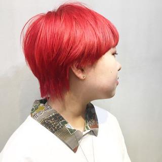 ウルフカット チェリーピンク ストリート マッシュウルフ ヘアスタイルや髪型の写真・画像