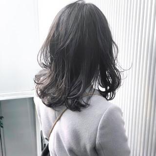 透明感 グレージュ 前髪 ミディアム ヘアスタイルや髪型の写真・画像