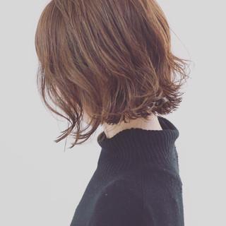 パーマ ボブ こなれ感 ミディアム ヘアスタイルや髪型の写真・画像 ヘアスタイルや髪型の写真・画像