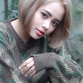 パーマ ナチュラル 簡単 ショートボブ ヘアスタイルや髪型の写真・画像