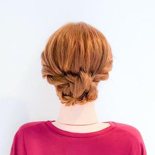 ねじり ロング フェミニン 簡単ヘアアレンジ ヘアスタイルや髪型の写真・画像 | 美容師HIRO/Amoute代表 / Amoute/アムティ