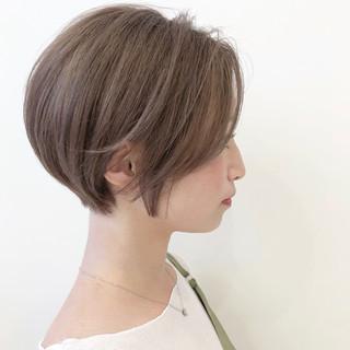 ミルクティーアッシュ ミルクティーベージュ ミルクティー ナチュラル ヘアスタイルや髪型の写真・画像