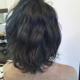 暗髪 ミディアム 大人かわいい ナチュラル ヘアスタイルや髪型の写真・画像