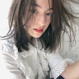 ゆるふわ 大人女子 オフィス ミディアム ヘアスタイルや髪型の写真・画像