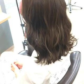 フェミニン 外国人風カラー モテ髪 ミディアム ヘアスタイルや髪型の写真・画像