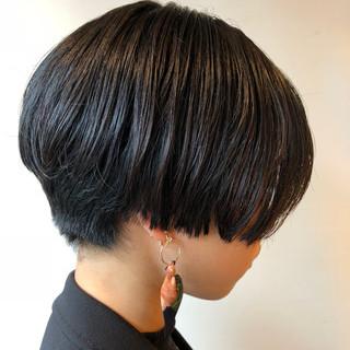 ナチュラル 黒髪 ショート モード ヘアスタイルや髪型の写真・画像