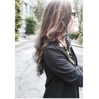 ロング ハイライト ブルー ストリート ヘアスタイルや髪型の写真・画像