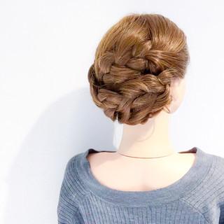 簡単ヘアアレンジ 謝恩会 デート フェミニン ヘアスタイルや髪型の写真・画像