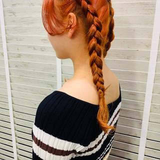 アプリコットオレンジ ハイトーン オレンジ ロング ヘアスタイルや髪型の写真・画像