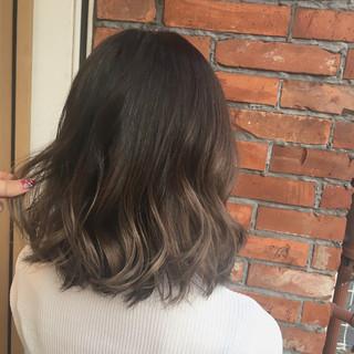 グレージュ 外国人風カラー ハイライト ボブ ヘアスタイルや髪型の写真・画像