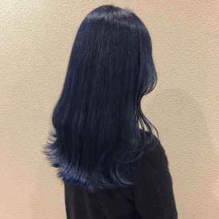 コリアンネイビー 韓国ヘア ネイビー ブルー ヘアスタイルや髪型の写真・画像