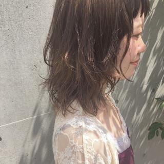 ガーリー 色気 ミディアム アンニュイ ヘアスタイルや髪型の写真・画像