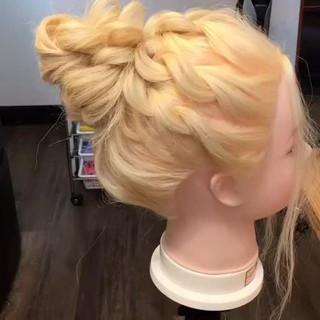 デート お団子ヘア 簡単ヘアアレンジ 結婚式 ヘアスタイルや髪型の写真・画像