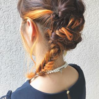 スポーツ 結婚式 セミロング ダブルカラー ヘアスタイルや髪型の写真・画像