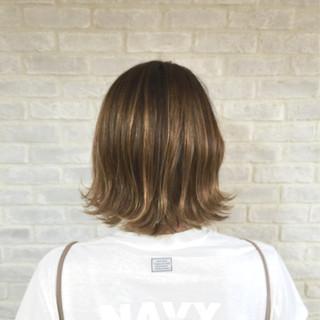 ボブ 3Dカラー ハイライト 色気 ヘアスタイルや髪型の写真・画像