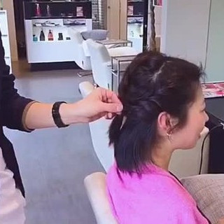 編み込み ミディアム ヘアアレンジ ルーズ ヘアスタイルや髪型の写真・画像