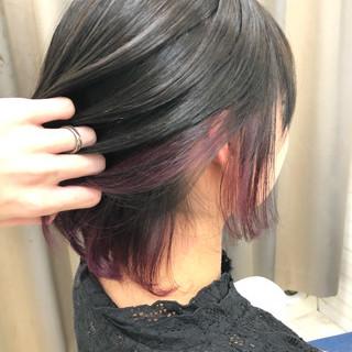 ガーリー ボブ インナーカラー アッシュグレー ヘアスタイルや髪型の写真・画像