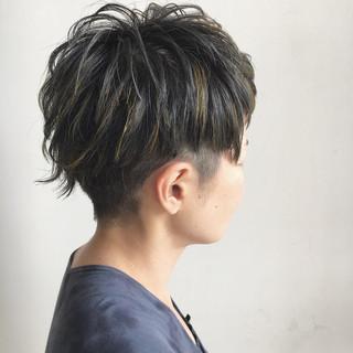 ショート モード ハイライト ハロウィン ヘアスタイルや髪型の写真・画像