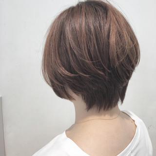 ナチュラル ショート ショートボブ グラデーションカラー ヘアスタイルや髪型の写真・画像 ヘアスタイルや髪型の写真・画像